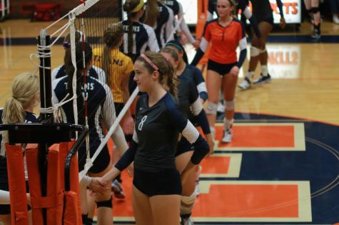 Volleyball faces New Trier for the second time