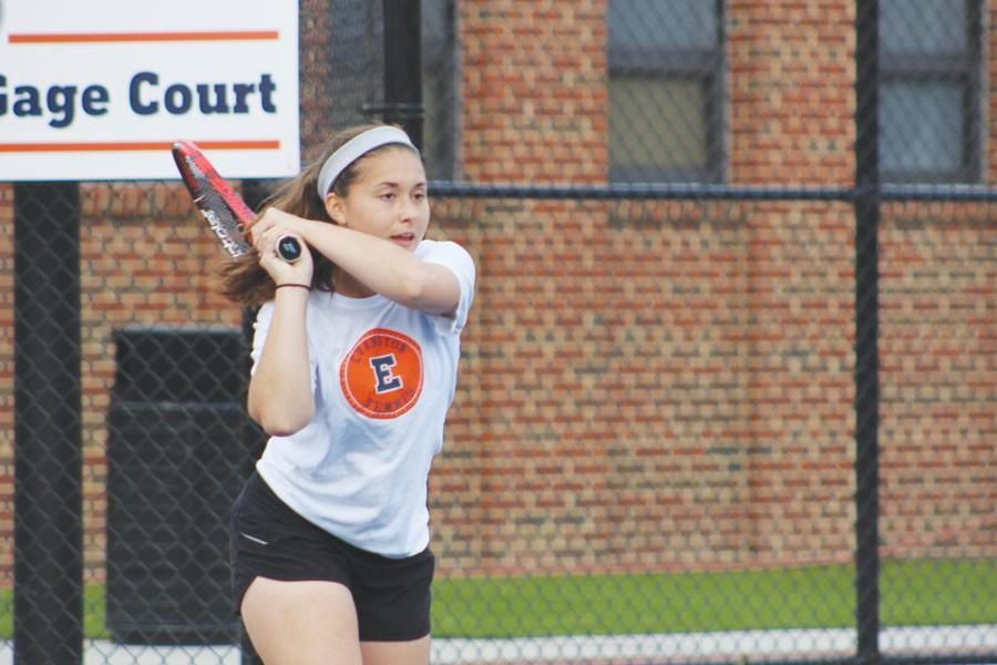 Girls tennis wraps up a successful season after sending two girls to state