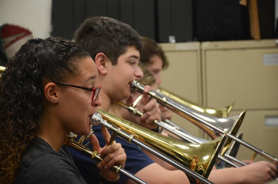 Jazz Band to open at Chicago Showcase