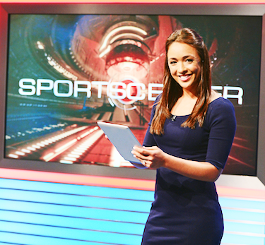 Evanstonian alum Cassidy Hubbarth makes her mark as a sports reporter