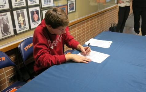 Diver Turner Dobbs commits to University of Denver