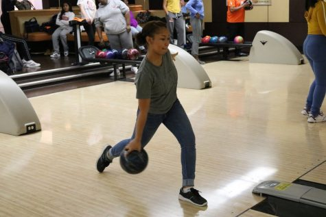 Girls bowling expectations remain high after sectional appearance last season