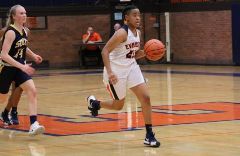 ETHS opens season with 77-45 win at St. Viator tournament