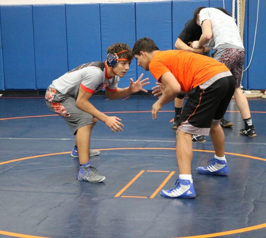 Sophomore+Ricardo+Salinas+at+practice.+