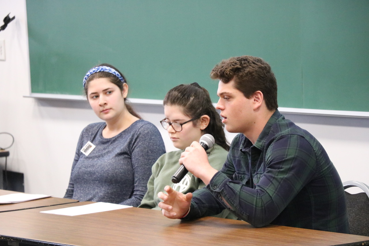 Students present at the Grandchildren of Survivors panel.