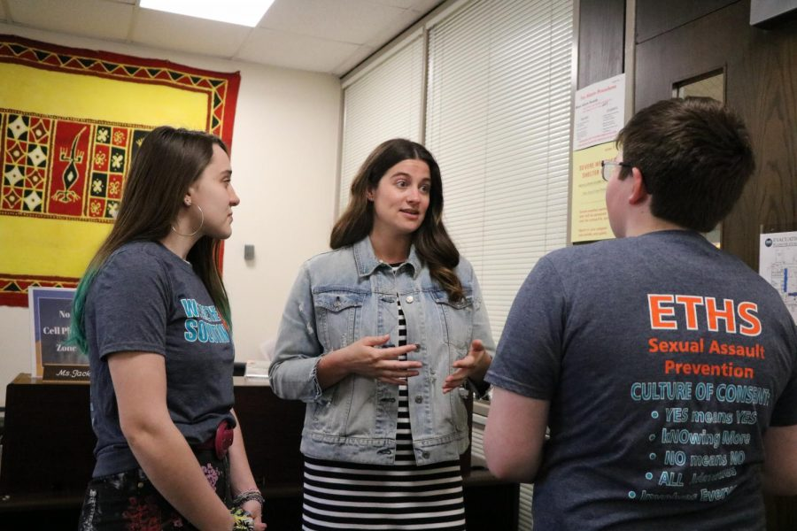 Lisa Roncone speaks to students about this week's Sexual Assault Awareness workshops.