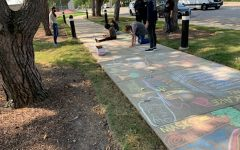 Students participate in a CSC chalk-out on Sept. 21.